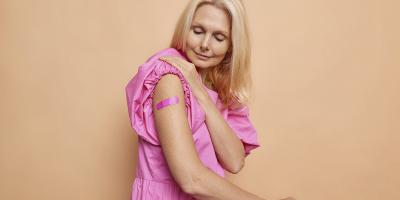 Работодателей хотят обязать предоставлять сотрудникам 3 выходных дня после вакцинации