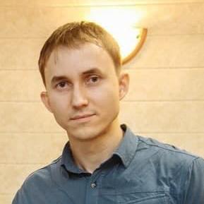 Максим Привалов